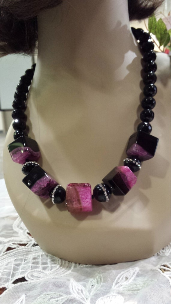 One strand black onyx necklace with square pink black onyx