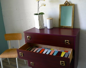 Bordeaux vintage chest of drawers 60s