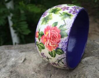 Wooden bracelet, decoupage, flowers