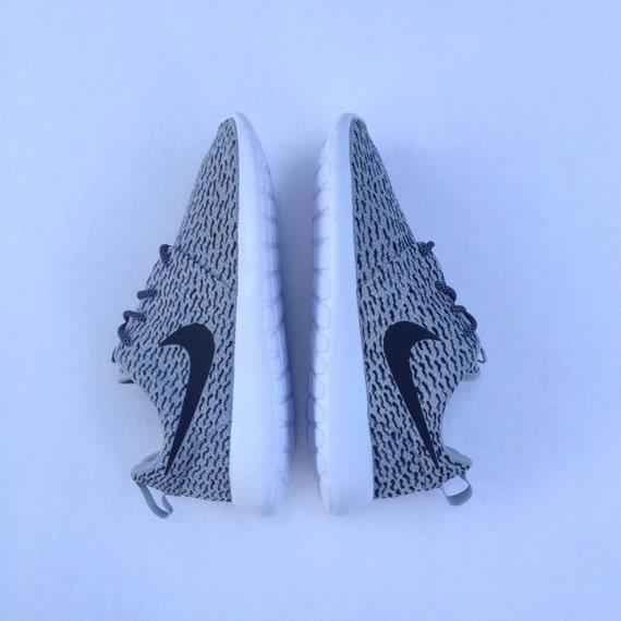 twgpr Custom Nike Roshe Run Yeezy Boost 350 by customsxcario on Etsy