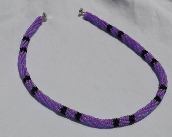 Purple/Black Necklace Choker/collar