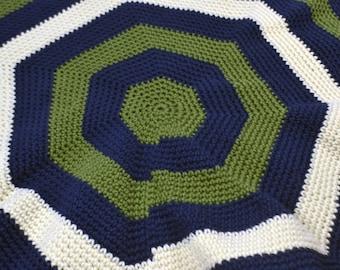 Around and around circular baby blanket