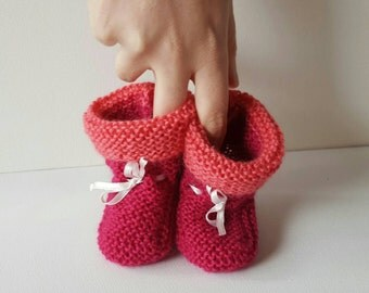 Knitted baby booties - magenta and pink - newborn to 6 months