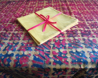 African Batik Tablecloth and Napkin Set (82 x 47 inches), 4 Napkins.