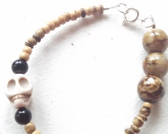 Bone colored skull bracelet