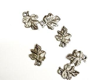 SALE 12 Pieces Lead Free, Oak Leaf Charms, Silver Color Plated, Vintage, 13x17mm