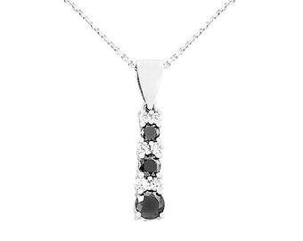 14kt White Gold Black Diamond Pendant And Chain 4L42