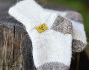 Newborn baby socks, baby socks, wool socks, gift for newborn baby, hand knittd newborn baby socks