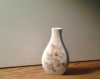 Vintage Bud Vase / AK Kaiser W Germany / Hibiscus pattern