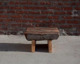 Log stool, matchbooked log step stool