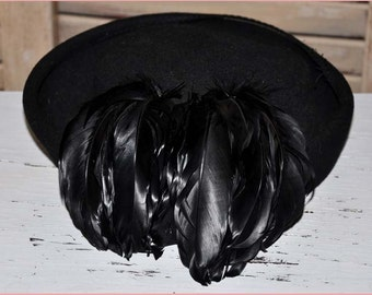 Black Wool Pillbox, Black Coq Feathers, Black Feather Hat, Black Toque Hat, Black Feather Toque, Vintage Pillbox Hat