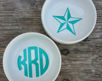 Personalized Monogram Round ring dish, jewelry holder, trinket tray