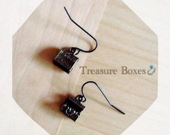 Treasure box earrings