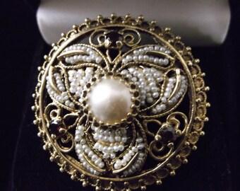 Beautiful Vintage 14k Gold Brooch