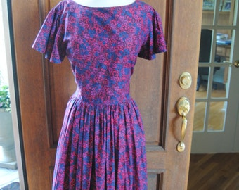 Price Reduction! SALE-free shipping! Magenta, Pink, Purple 1950's Floral Dress// 32 Inch Waist// Large/XL