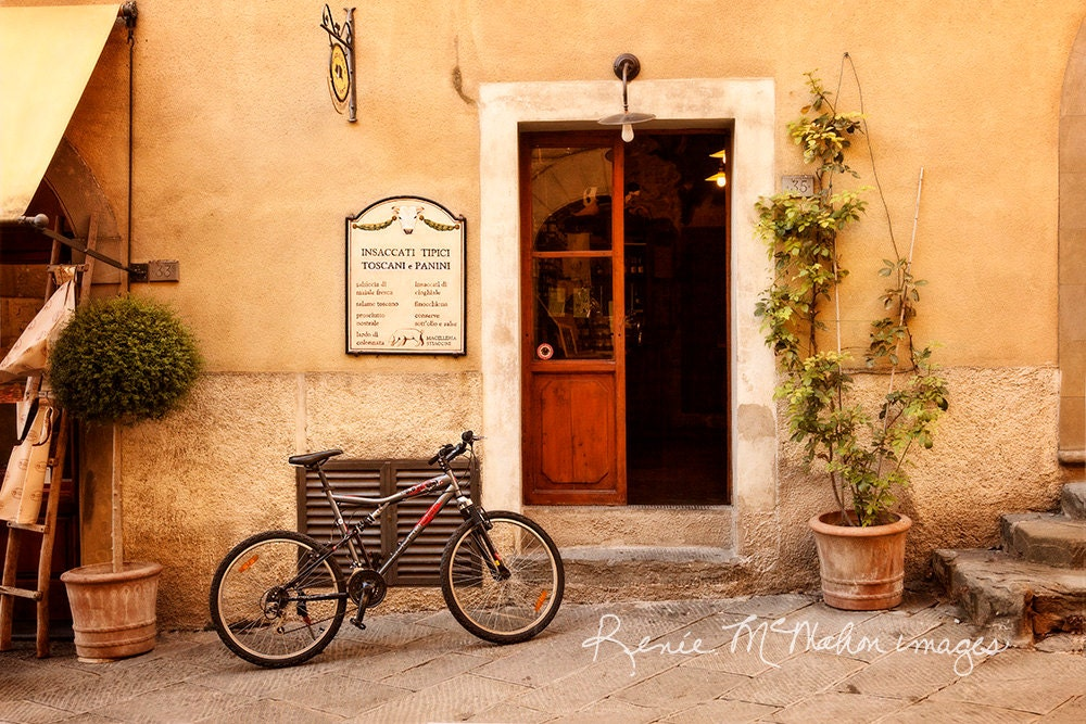 Italy photo tuscany decor bicycle restaurant home decor for Bicycle decorations home