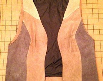 Vintage 1970s Womens Tri-Color Suede Vest