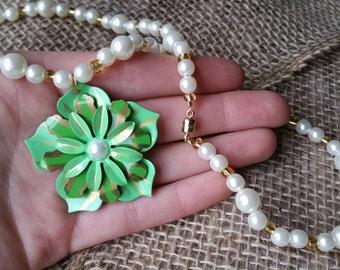 Pearl Flower Necklace & Earring Set