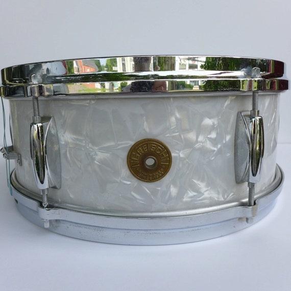 vintage 1960s gretsch white pearl snare drum. Black Bedroom Furniture Sets. Home Design Ideas