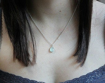 Aqua Chalcedony necklace in Sterling Silver  - Chalcedony necklace in Sterling silver  - Layering necklace - Delicate necklace