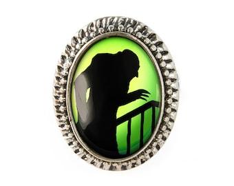 Antique Silver Nosferatu Vampire Silhouette Adjustable Horror Ring 79-SOR