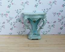 Dollhouse furniture, hall table scale 1:12 shabby chic with flowers