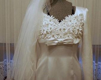 Classic 60s sheath vintage wedding dress