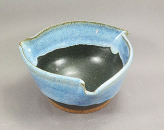 Pottery Bowl Rutile Blue - Green To Black ChunGTB31