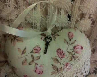 Shabby Chic Puffy Heart