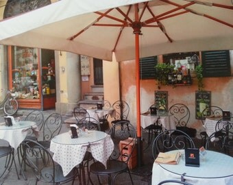 Charming little Ristorante in Lucca Italy