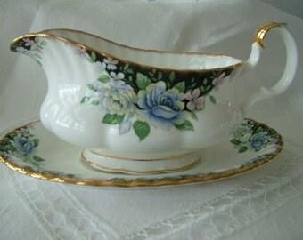 "Royal Doulton English Bone china ""Sonatina"" gravy boat"