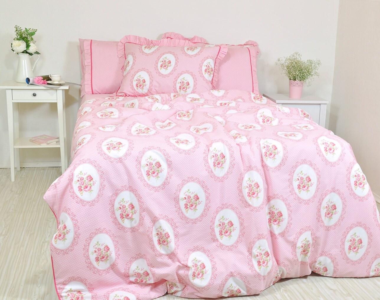 pink floral bedding in full queen king size victorian rose. Black Bedroom Furniture Sets. Home Design Ideas