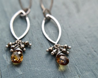 Double Balanced Curved Earrings / Faceted Citrine / Faceted Pyrite / Sterling Silver / Hand Formed / Hand Hammered Texture