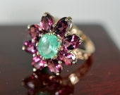 20% SALE!! Exquisite 3tcw Colombian Emerald & African Amethyst 10kt Yellow Gold Ring
