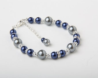 Bridesmaid bracelet, Flower girl Bracelet, Navy and grey Wedding, pearl and crystal bracelet, Navy wedding jewelry, Bridal party gift