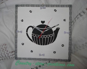 """Tea time"" clock"