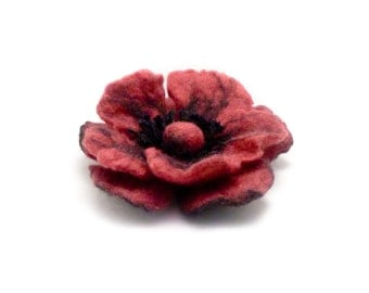 Red Felted Flower Brooch, Raspberry Poppy Felt Brooch, Poppy Flower Pin, Wool Felt Jewelry