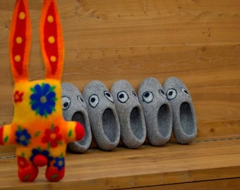 Choir of kids slippers, felted slippers, handmade