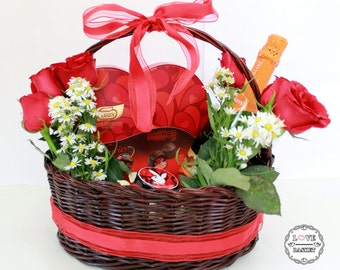 Love bouquet in red