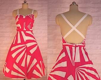 Geometric Fuchsia Sundress | vintage 1970s dress | 70s Day Attire
