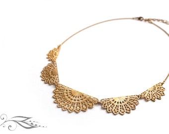 Fan flower - brass necklace 40-45 cm