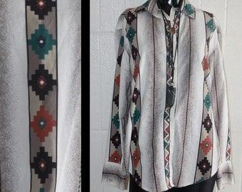 Vintage Southwestern Style Snap Front Long Sleeve Shirt