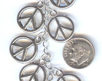 Lightweight Silver Peace Sign Beads Charms Pendants 12mm 10pcs