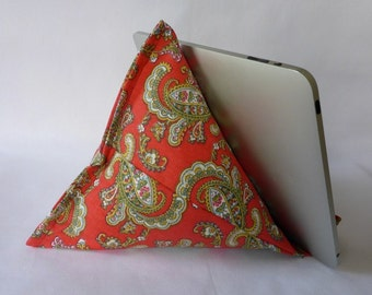 iPad / Kindle Lap Pillow Stand Bean Bag Stand : Red Paisley