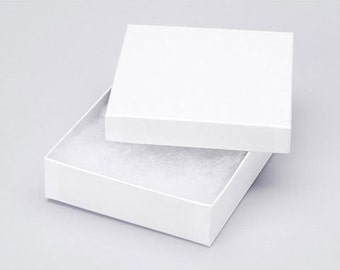 White Jewelry Gift Box for your jewelry, earrings or keychain order