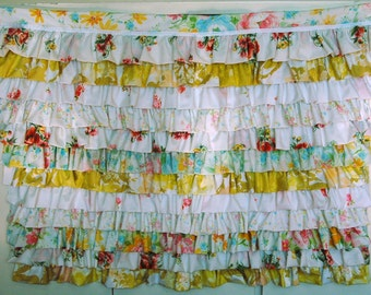 Vintage Ruffled Sheets Newborn Photo Prop Background