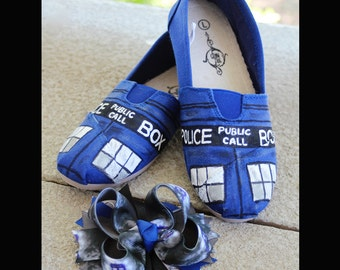 Tardis Shoes & Hair Bow (Doctor Who)