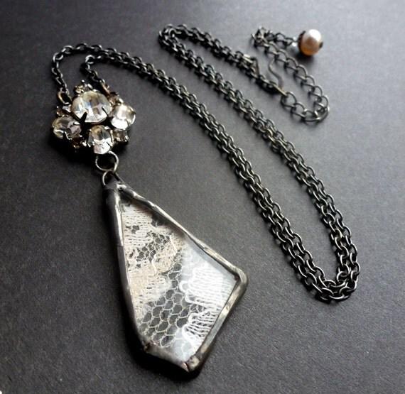 Sale serenade vintage ivory lace and old crystals necklace - Serenade ivry ...