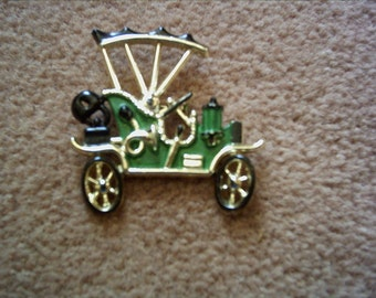 "Vintage gold-tone large antique auto car Model T pin brooch 2"" long 2"" high"