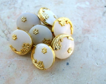 SALE-10 Vintage buttons white with gold color flower ornamrnt 14mm, sweet buttons